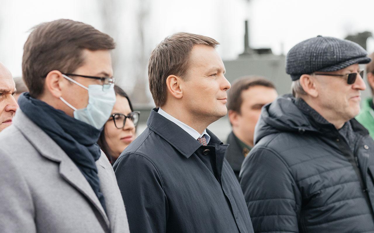 И.о. ректора Мининского университета принял участие в акции «Сад памяти»