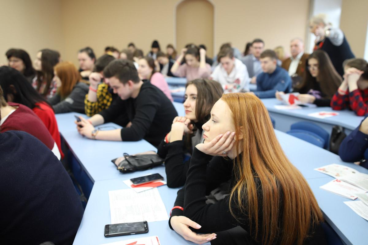 Организационные собрания для студентов 1 курса заочной формы обучения факультета управления и социально-технических сервисов пройдут онлайн
