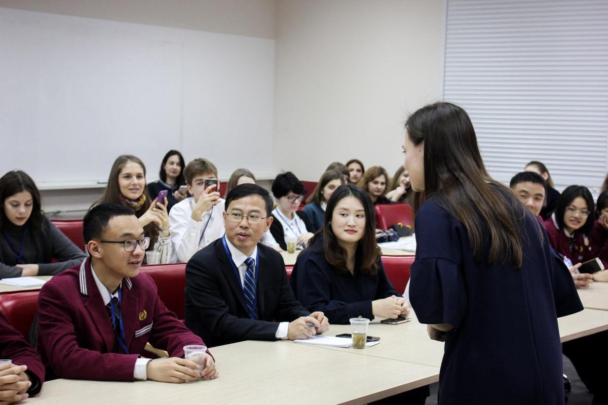 Преподаватели Мининского университета провели мастер-класс, посвященный чэнъюй