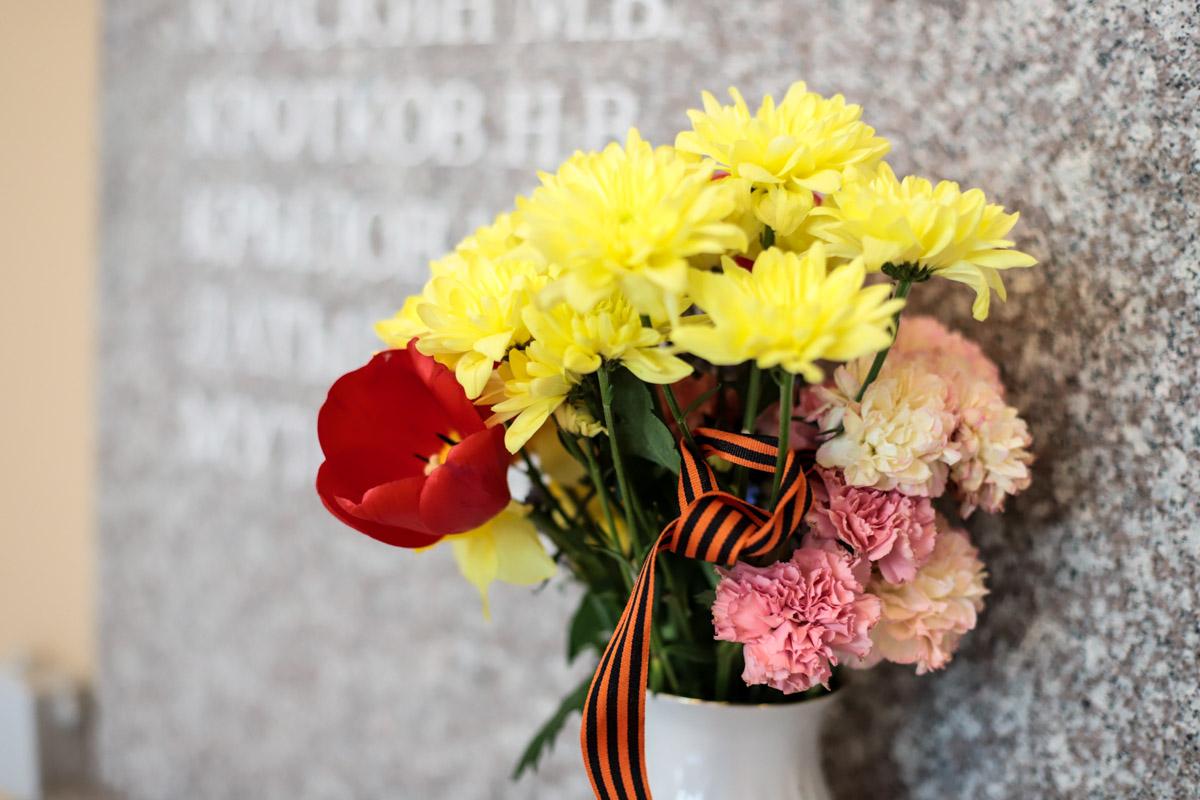 Мининский университет поздравляет с Днем Победы
