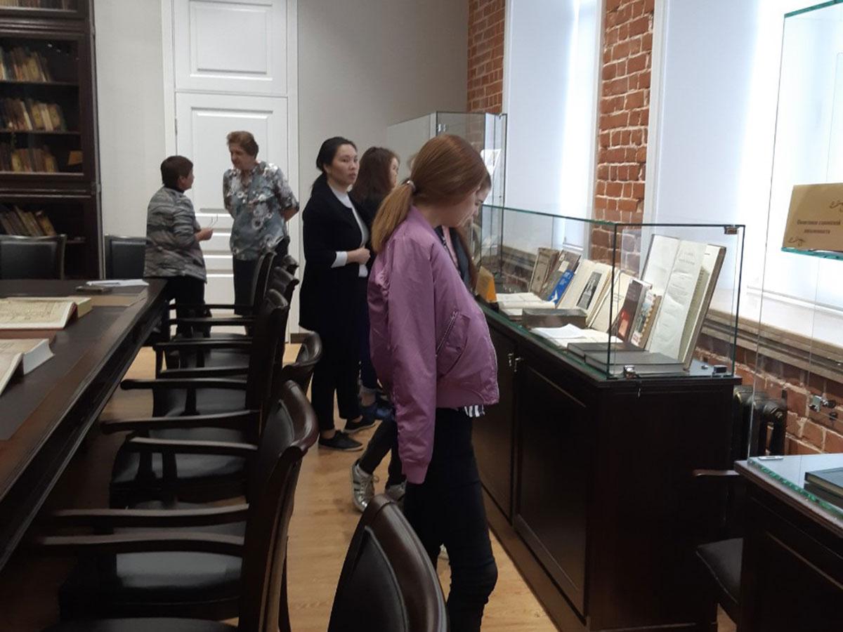Фундаментальная библиотека Мининского университета представляет виртуальную выставку ко дню науки