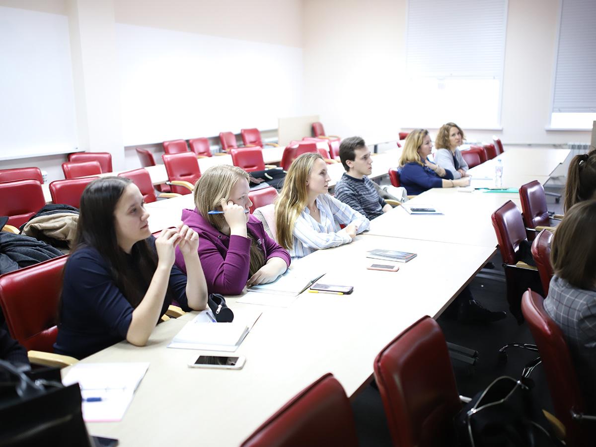 Студенты факультета гуманитарных наук успешно прошли практику в департаменте международного сотрудничества и связей с общественностью Минпросвещения России