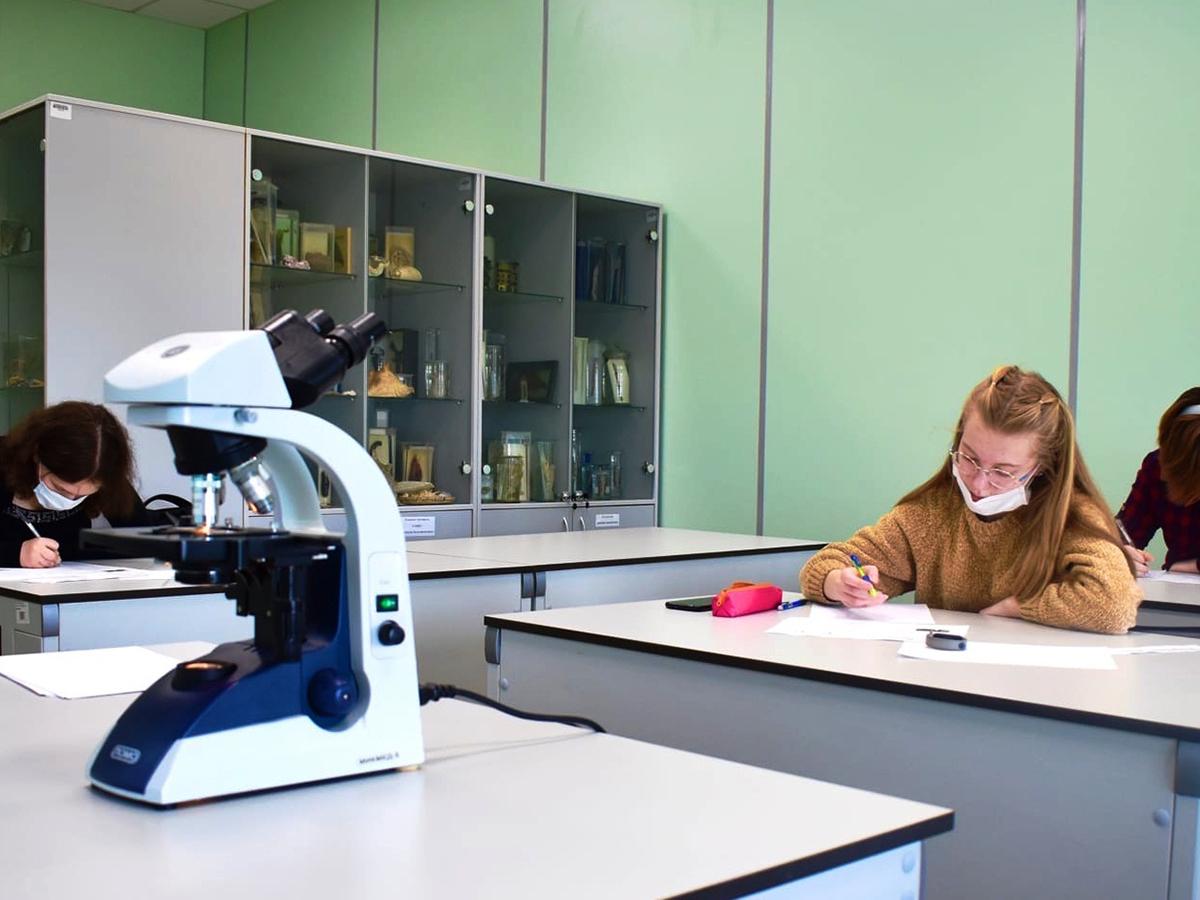 Ежегодная вузовская олимпиада по биологии для школьников  состоялась в Мининском университете