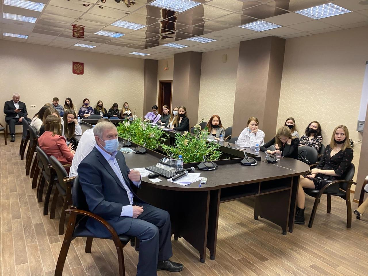 В Мининском университете прошла VII Международная студенческая научно-практическая конференция «Экономическое развитие России: тенденции, перспективы»