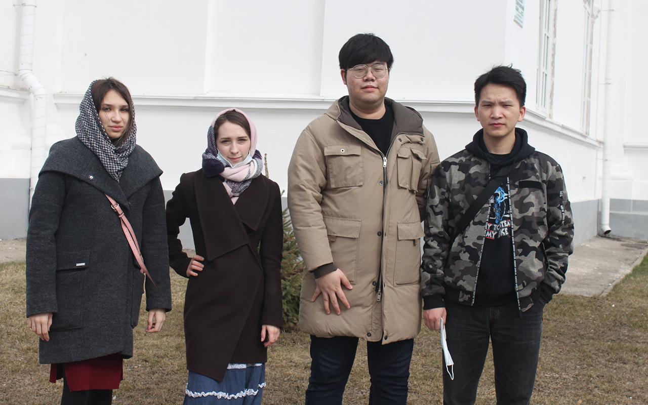 Иностранные студенты Мининского университета посетили Староярмарочный собор