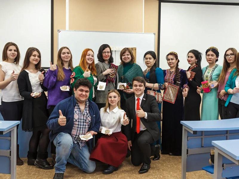 Студенты ФУиСТС представили презентации студобъединений в рамках фестиваля «Территория студенчества»