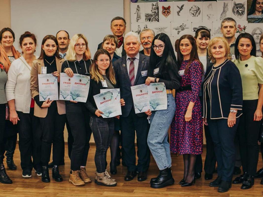 Преподаватели Мининского университета стали экспертами олимпиады по изобразительным и прикладным видам искусств