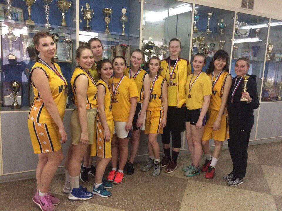 Женская сборная по баскетболу университета заняла третье место на XV открытых играх вузов ПФО