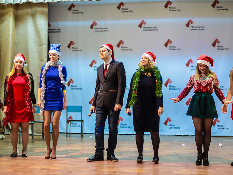 25 декабря прошёл традиционный рождественский спектакль «The Christmas Spirit»