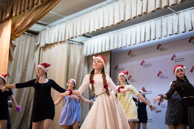 Новогодний концерт «The Christmas Spirit» прошел в главном корпусе Мининского университета