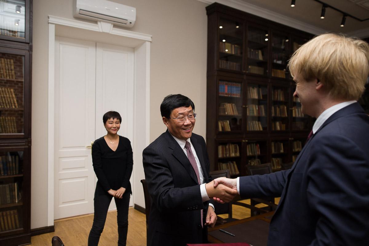 Мининский университет подписал договор о сотрудничестве с Шаньдунским политехническим университетом (г. Цзыбо, КНР)
