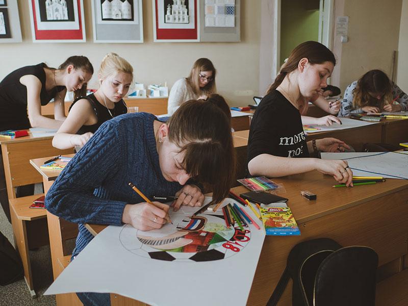 Олимпиада по декоративно-прикладному искусству и дизайну для школьников прошла на ФДИиМТ