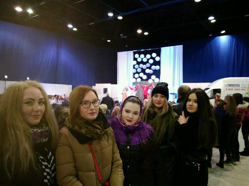 Студенты ФУиСТС посетили Всероссийский конкурс молодых дизайнеров «Волжская палитра»