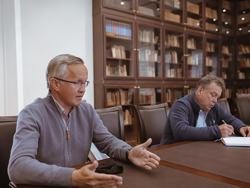 Мининский университет посетили пресс-атташе союза биатлонистов России и президент областной федерации биатлона