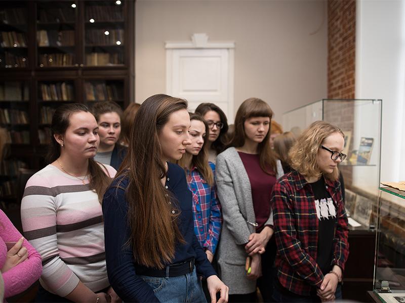 Фундаментальная библиотека представляет виртуальную выставку «Лауреаты Нобелевской премии по литературе из России и СССР (Всемирному дню писателя посвящается)»