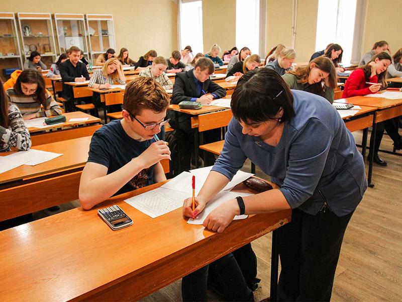 В Мининском университете прошла ежегодная региональная школьная олимпиада по химии