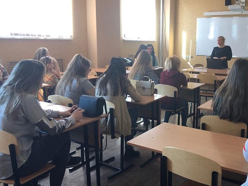 День открытых дверей и весенняя каникулярная школа прошли на факультете управления и социально-технических сервисов