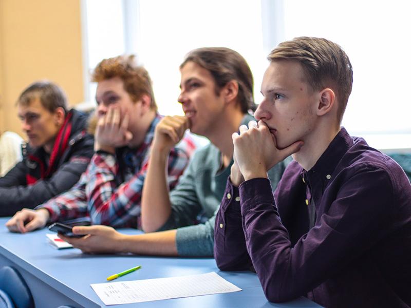День открытых дверей по программам магистратуры прошел в Мининском