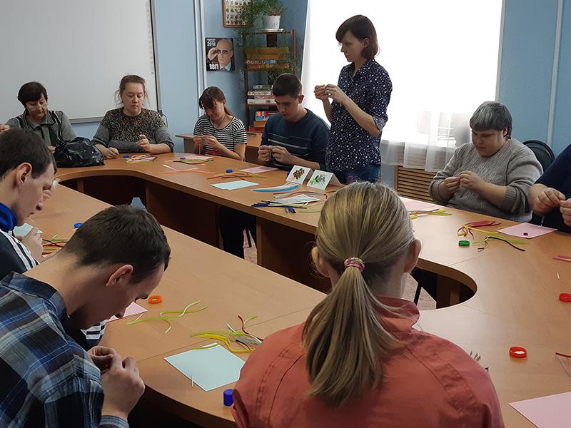 Студенты-волонтеры ФДИИМТ продолжают серию мастер-классов в рамках проекта «Расширяем границы возможностей»