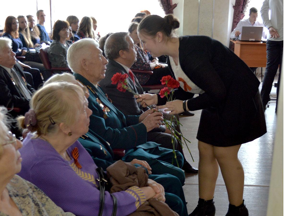 Мероприятие, посвященное Дню Победы в Великой Отечественной войне, прошло на факультете управления и социально-технических сервисов