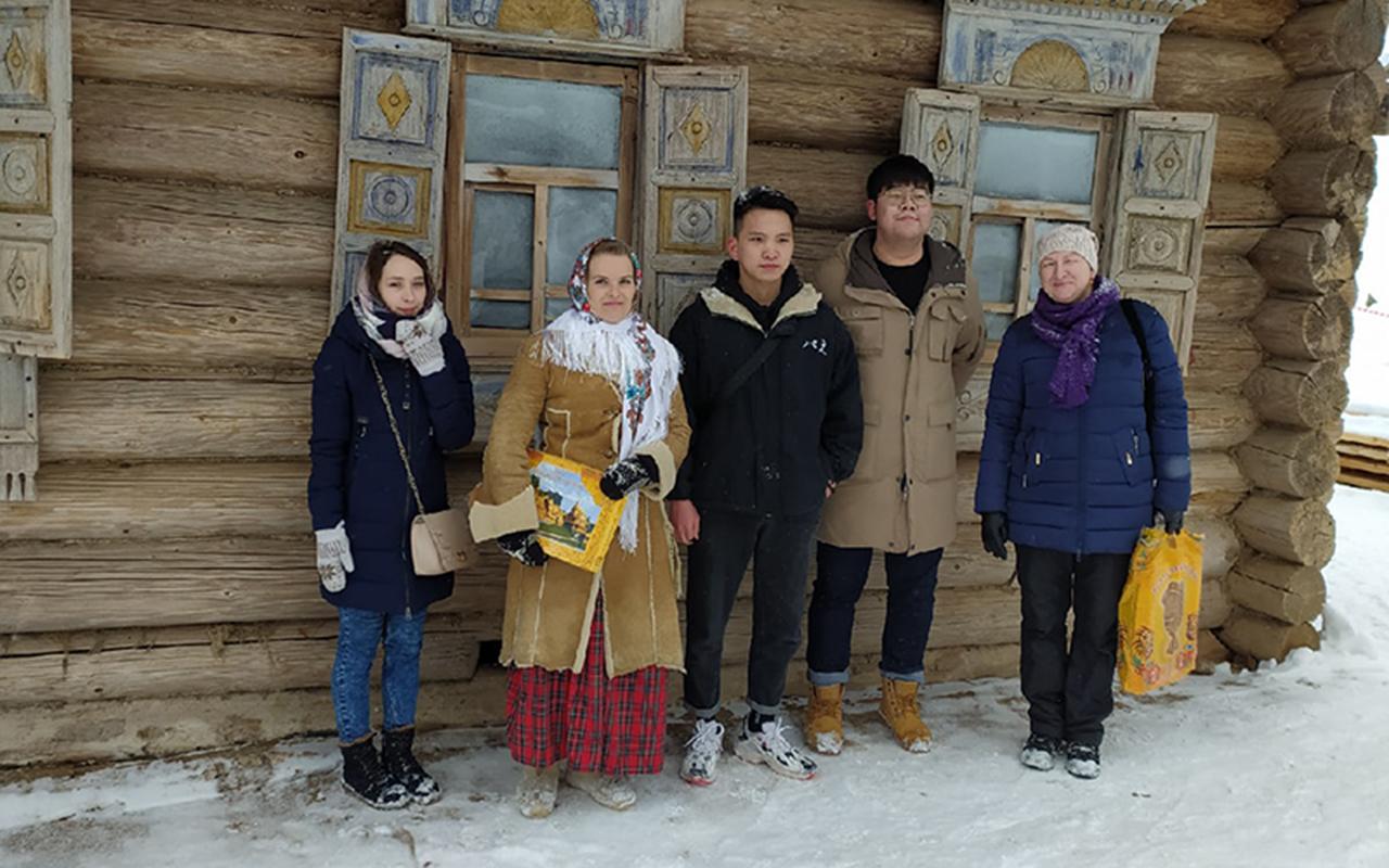 Иностранные студенты Мининского университета приняли участие в культурной встрече
