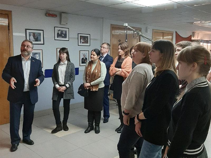 Мининский университет организовал экскурсию на ГТРК