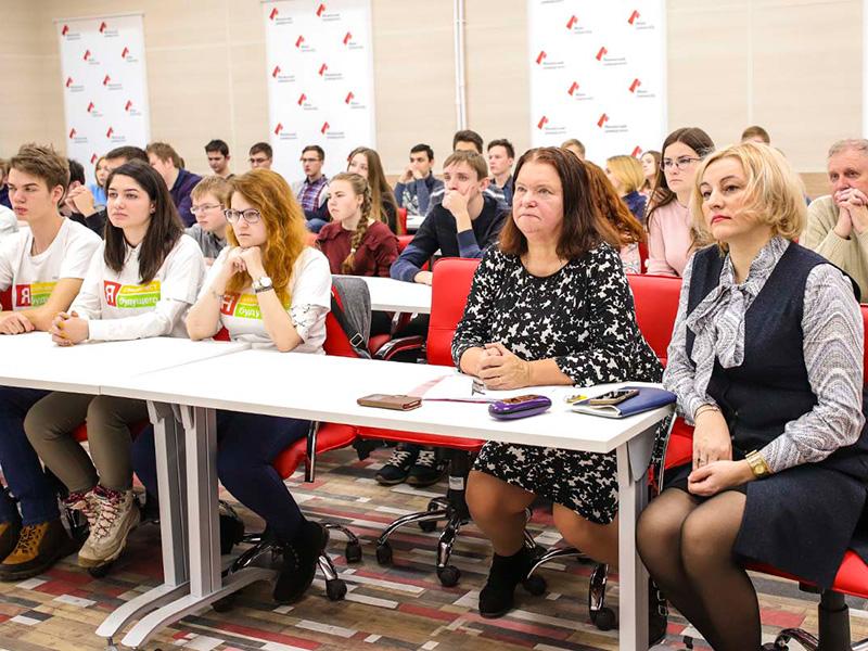 С 3 по 13 декабря на факультете естественно-математических и компьютерных наук проходят Дни российской информатики.