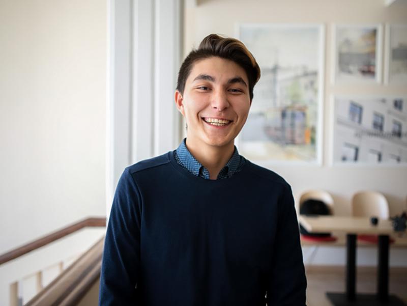Студент из Казахстана год обучался в Мининском университете