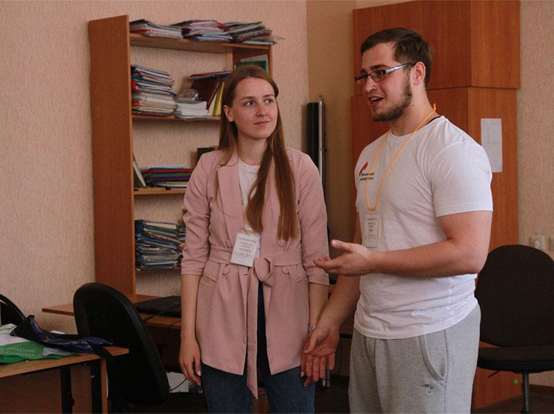Студенты ФПиП провели мастер-классы по работе с людьми с сенсорными нарушениями и синдромом аутизма