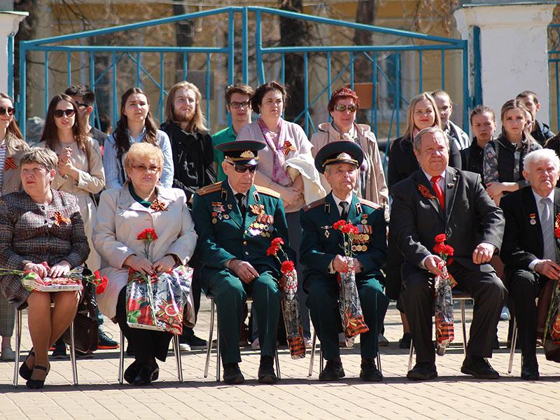 Митинг, посвященный Дню Победы в Великой Отечественной войне, прошел на факультете управления и социально-технических сервисов