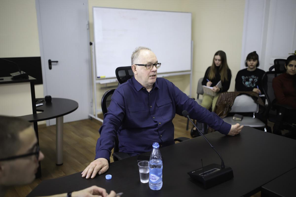 В Мининском университете завершился цикл лекций польского профессора Войцеха Вжосека «Классическая и неклассическая историография»