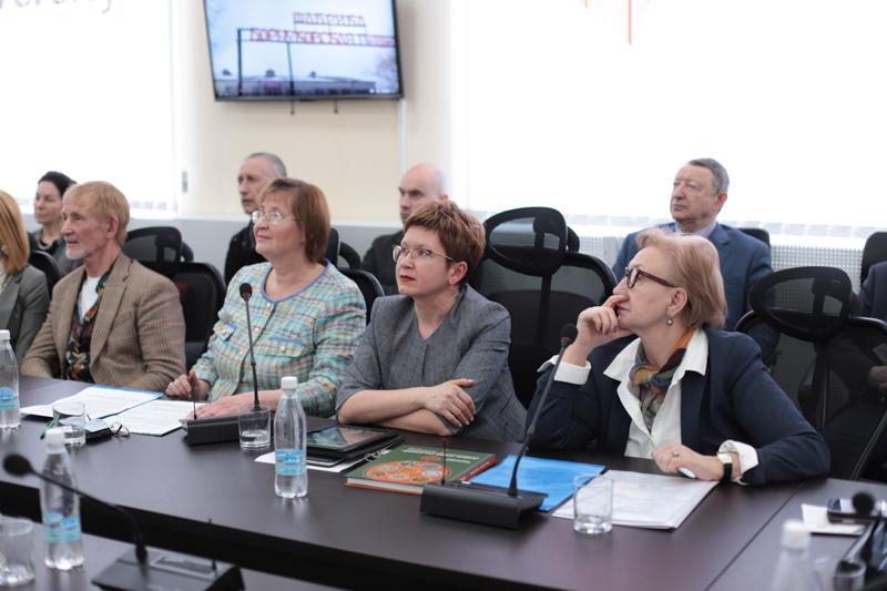 В Мининском университете обсудили вопросы развития НХП Нижегородской области