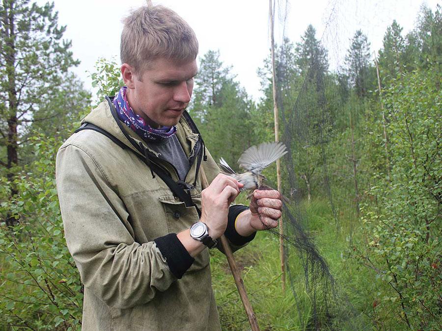 Магистранты ФЕМиКН  приняли участие в научно-исследовательской работе по изучению миграций птиц на основе методов кольцевания и мечения.