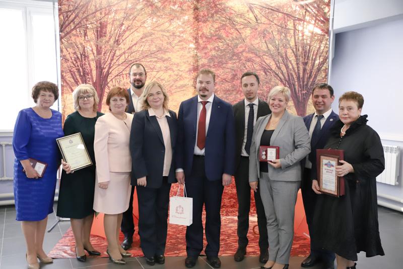 В Мининском университете наградили лучших педагогов города и области