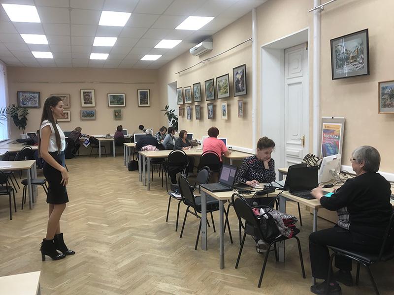 Завершился третий этап  курсов  компьютерной грамотности для лиц пожилого возраста в рамках проекта