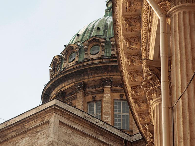 Кафедра средового и графического дизайна организовала художественную выставку в городской библиотеке им. Ленина